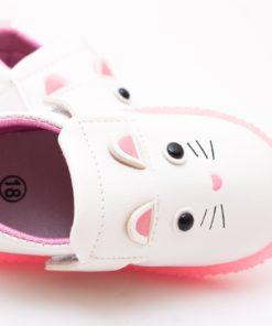 pantofi flexibili