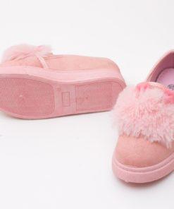 tenisi roz cu puf