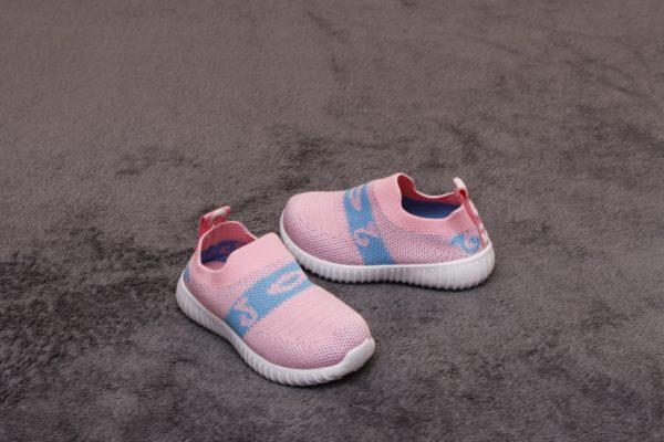 adidasi roz pentru copii