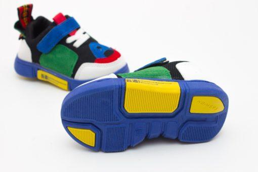 adidasi colorati pentru copii