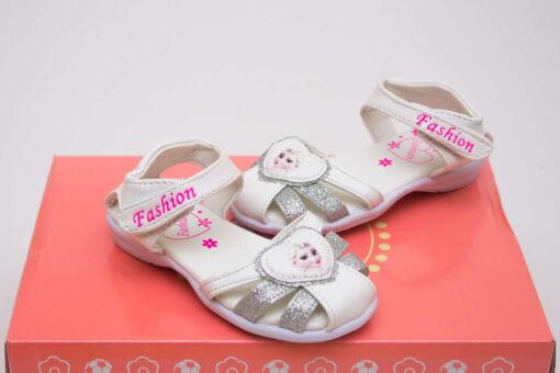 sandale albe fete