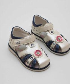 sandale cu floricele pentru copii