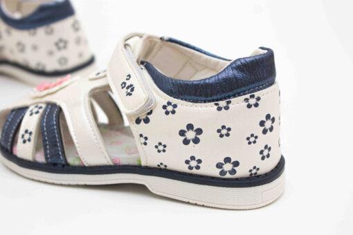 sandale cu bretele pentru fete