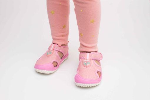 sandale roz cu arici
