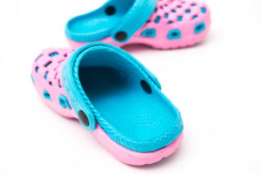 papuci crocs fete