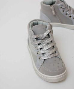 ghete argintii pentru fete