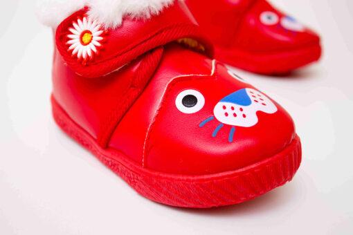 ghete rosii cu blana pentru bebe
