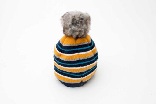 caciula tricotata baieti