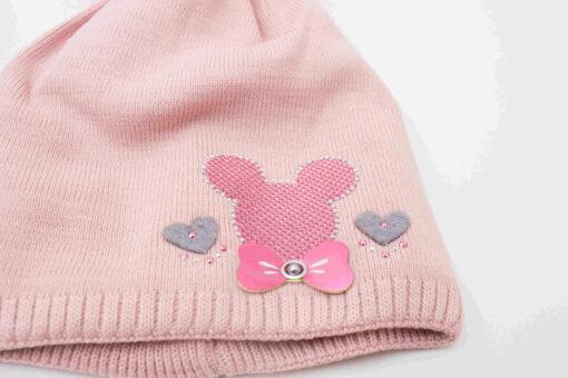 fes tricotat cu mot fete